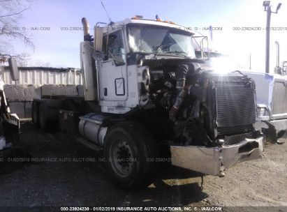 2006 KENWORTH CONSTRUCTION T800