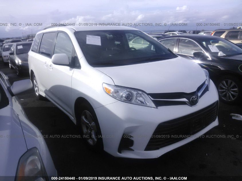2018 Toyota Sienna Le For Auction Iaa