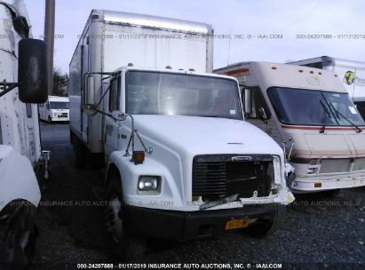 2001 FREIGHTLINER MEDIUM CONVENTION FL70