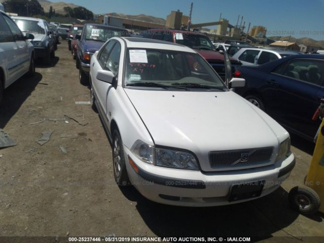 2002 VOLVO S40, 25237446 | IAA-Insurance Auto Auctions