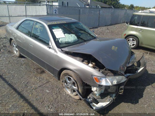 1997 LEXUS ES, 25663443 | IAA-Insurance Auto Auctions