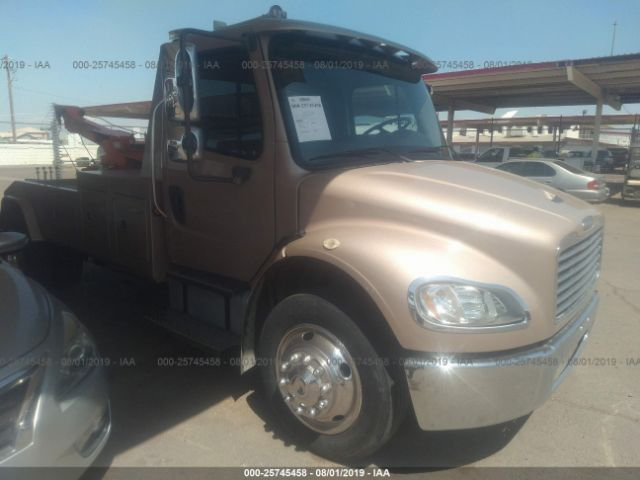 2007 FREIGHTLINER M2, 25745458 | IAA-Insurance Auto Auctions