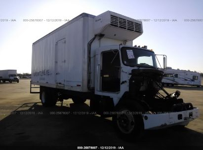 2004 KENWORTH CONSTRUCTION T300