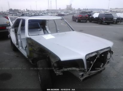 1986 MERCEDES-BENZ 4 DOOR