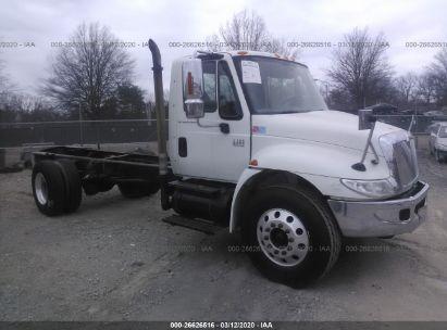 2003 INTERNATIONAL 4000 4400