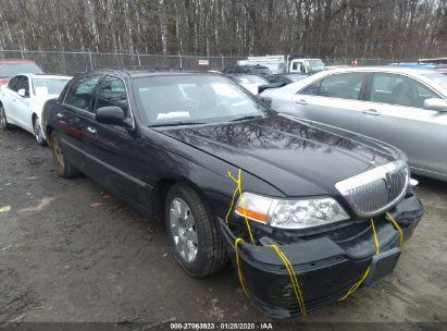 2004 LINCOLN TOWN CAR EXECUTIVE/SIGNATURE