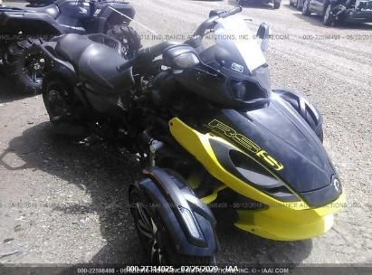 2014 CAN-AM SPYDER ROADSTER RS/RS-S