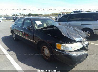 2002 LINCOLN TOWN CAR EXECUTIVE