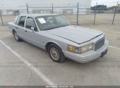 1994 LINCOLN TOWN CAR SIGNATURE/TOURNAMENT