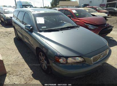 2002 VOLVO V70