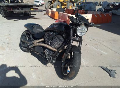 2015 VICTORY MOTORCYCLES HAMMER 8-BALL