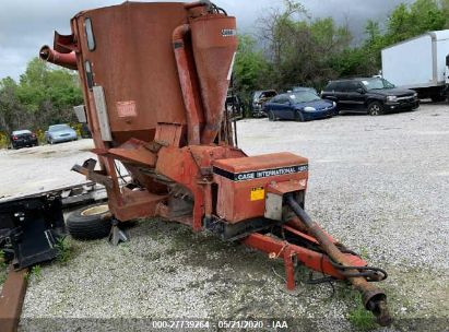 1995 CASE INTERNATIONAL 1250 GRINDER MIXER