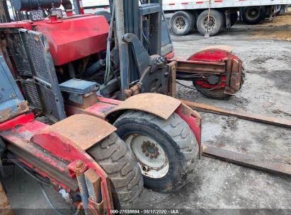 2009 MOFFETT P6000 FORK LIFT