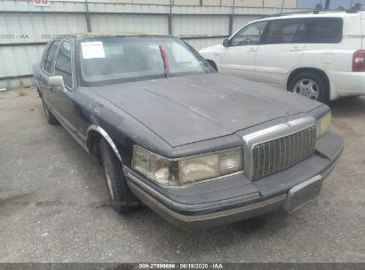 1994 LINCOLN TOWN CAR SIGNATURE/TOURNAMENT