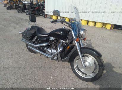 2002 HONDA VT1100 C2