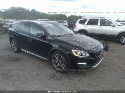 2017 VOLVO V60 CROSS COUNTRY PREMIER