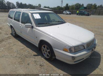 2000 VOLVO V70 SE