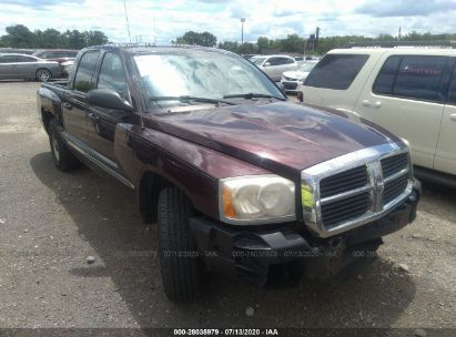 2005 DODGE DAKOTA ST