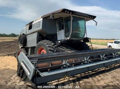 1981 GLEANER N6 COMBINE ONLY