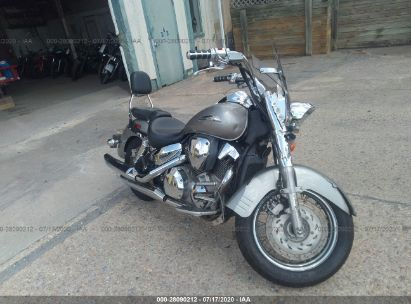 2004 HONDA VT1300 S