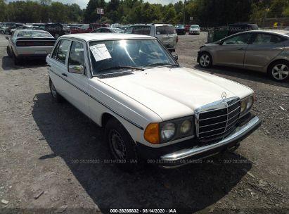 1982 MERCEDES-BENZ 300 DT