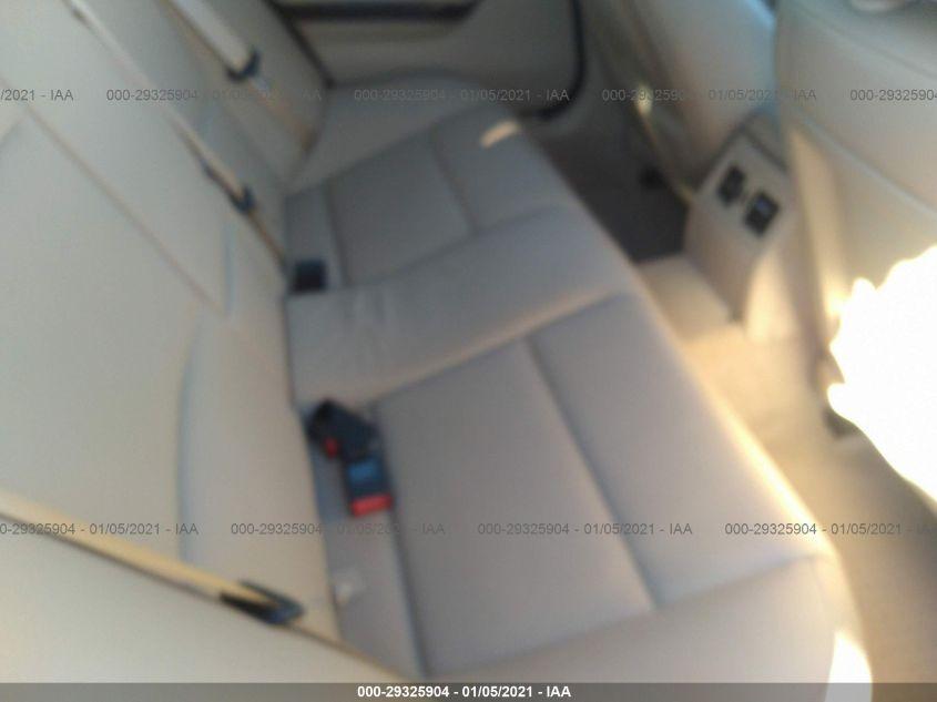 2010 BMW 3 series   Vin: WBAPH7G55ANM48592